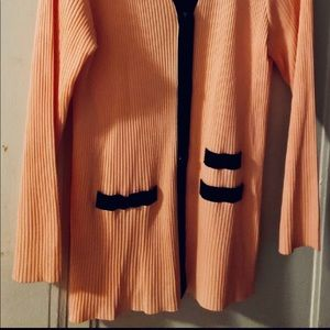 Mistook pretty in peach 🍑 cardigan nwot XL